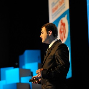 Alexandru-Ionut-Budisteanu-speaker-at-the Intel-Maker-Fair-Budisteanu-Ionut-Budisteanu