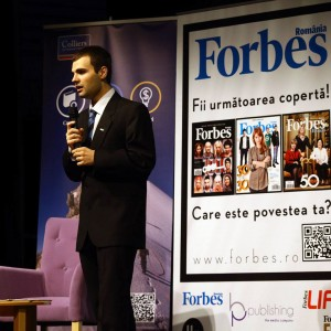 Ionut Alexandru Budisteanu speaking at Forbes Romania - Forbes Heroes